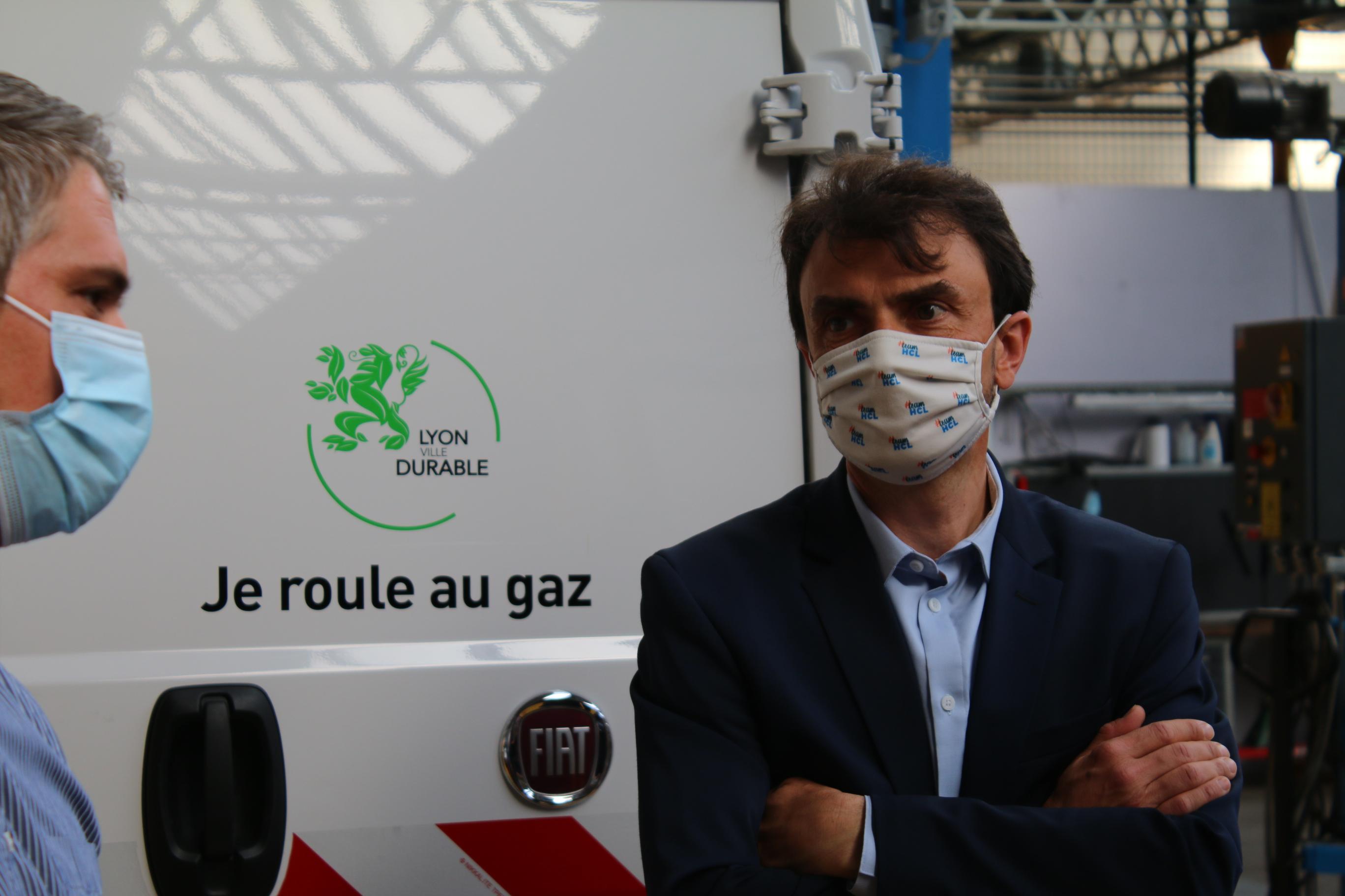La Ville de Lyon débloque 15 millions d'euros pour remplacer 166 véhicules  municipaux polluants