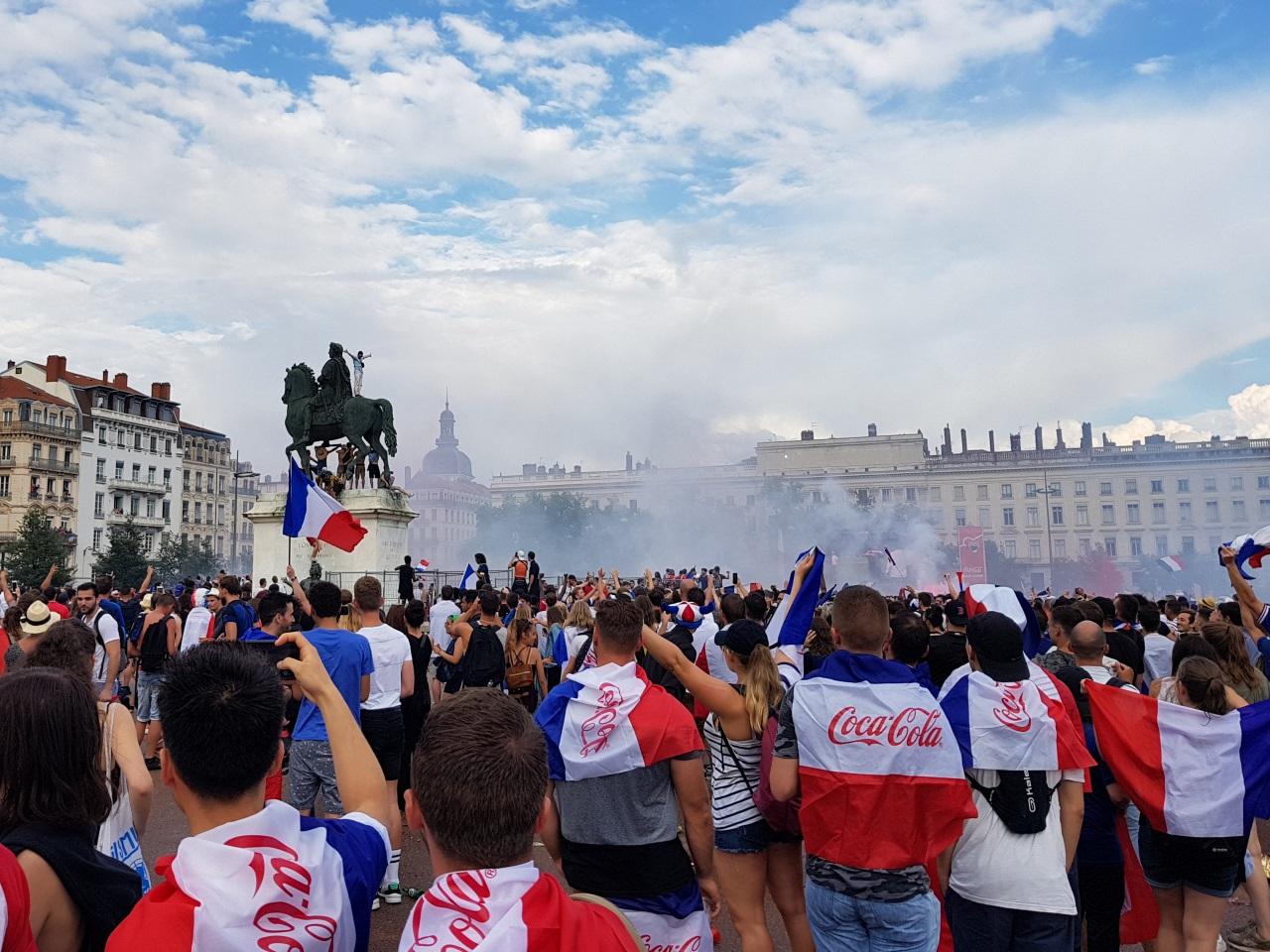 20 000 personnes ont regardé le match sur la fan zone de la place Bellecour