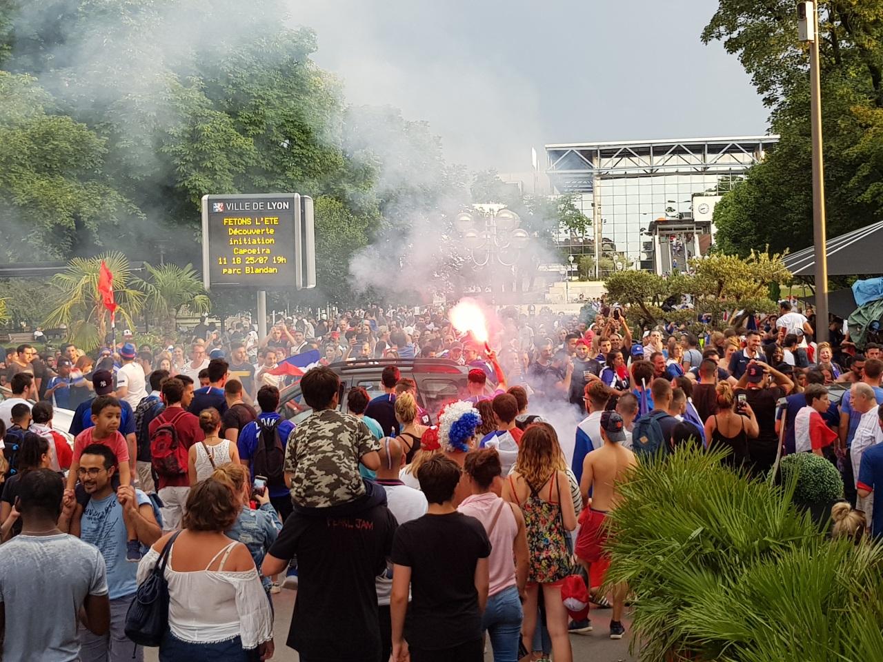 La fête partout dans Lyon, ici place Carnot