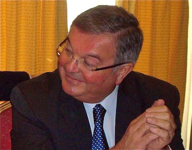 Michel Mercier nie les soupçons de malversation au Conseil général du Rhône