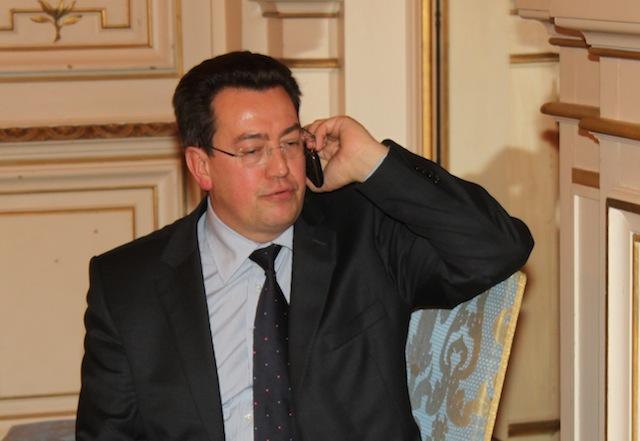 Cochet : « D'ici 2014, Collomb briguera peut être une mairie d'arrondissement... »
