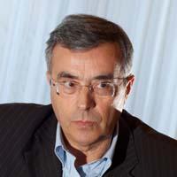 """Queyranne dénonce les """"magouilles"""" de l'UMP"""