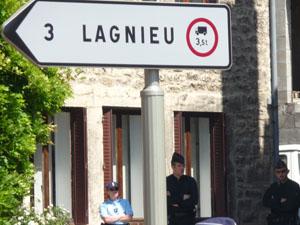 Reconstitution positive du meurtre du petit Valentin à Lagnieu dans l'Ain
