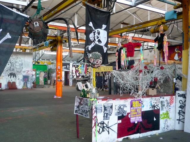 Friche RVI : les artistes aimeraient être fixés