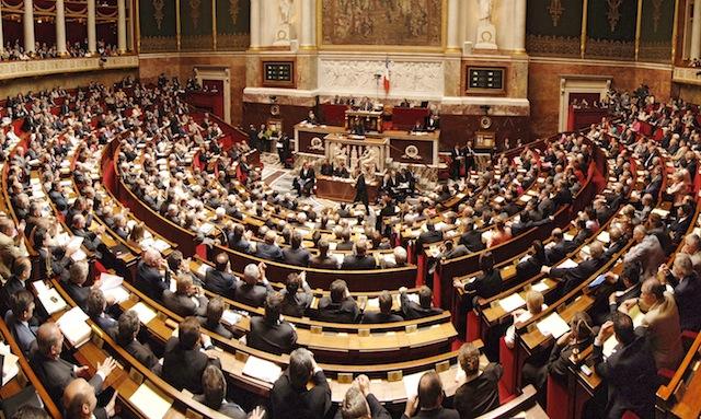 Trois députés UMP du Rhône réclament plus de fermeté à l'encontre des délinquants