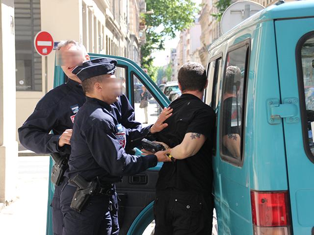 Interpellation d'un militant d'extrême-gauche - LyonMag