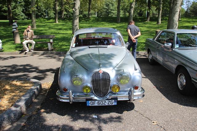 Une ancienne Jaguar - LyonMag