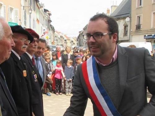 Rhône-Alpes : le conseiller régional Fabrice Marchiol retrouvé mort chez ses parents