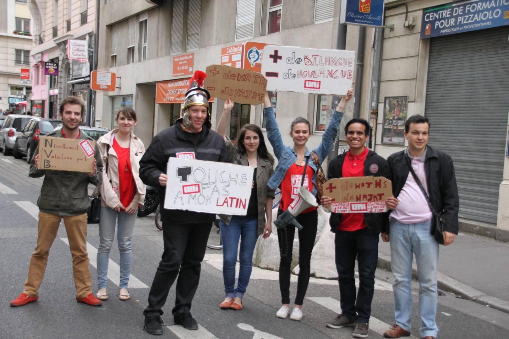 Collégiens, lycéens et étudiants se sont également joints au mouvement - LyonMag