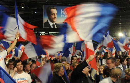 600 militants UMP du Rhône au meeting de Sarkozy