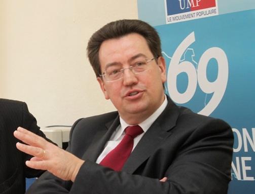 FN : pour Cochet, Fillon et Sarkozy sont à l'unisson