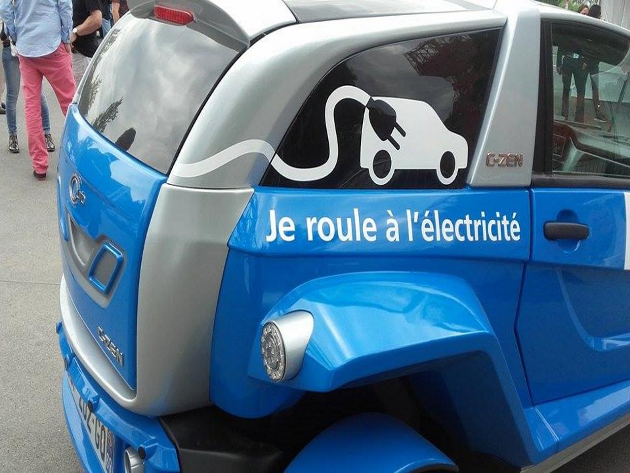 Les Français sont-ils enfin prêts à passer à la voiture électrique ? By DETOURS 13282109_10206278891398203_839364312_n