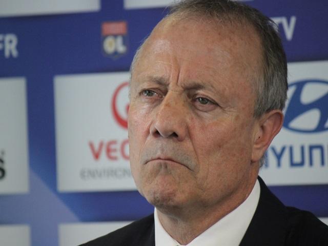 """Traité de """"baltringue"""", un joueur du FC Astra dénonce """"l'arrogance"""" de Bernard Lacombe (OL)"""