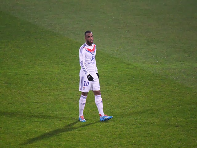 West Ham revient avec 52 millions d'euros pour arracher Lacazette à l'OL