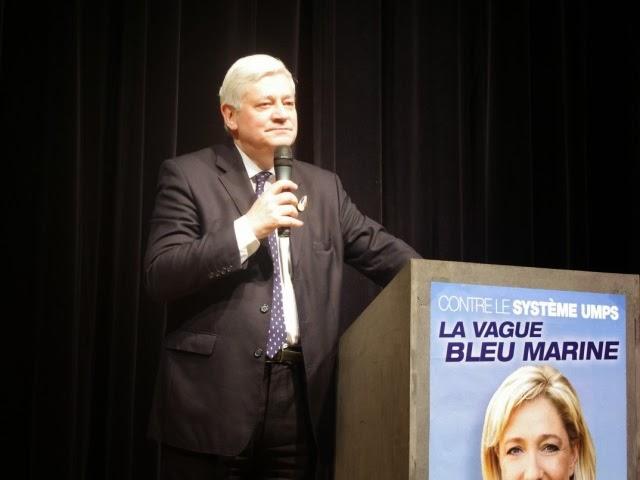 Congrès du FN à Lyon : Gollnisch répond aux anciens combattants