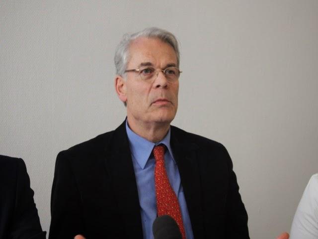 L'ancien maire de Lyon Michel Noir se range derrière Alain Juppé