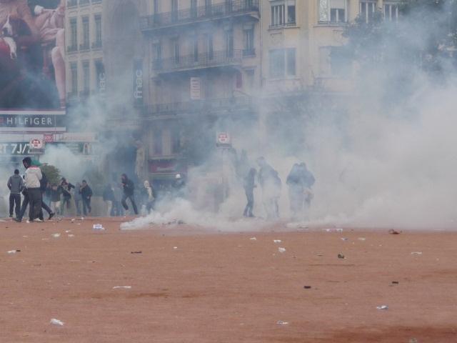 Lyon : 14 gardes à vue prolongées à l'issue de la manifestation contre la loi Travail