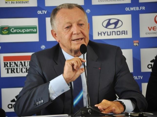 Jean-Michel Aulas (OL) se demande si ce n'est pas mieux de rester en Ligue Europa cette année