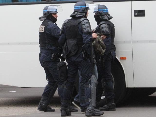 Un convoyeur de fonds attaqué près de Lyon