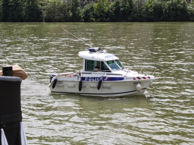 Confinement: un pilote de bateau verbalisé pour avoir navigué sur la Saône