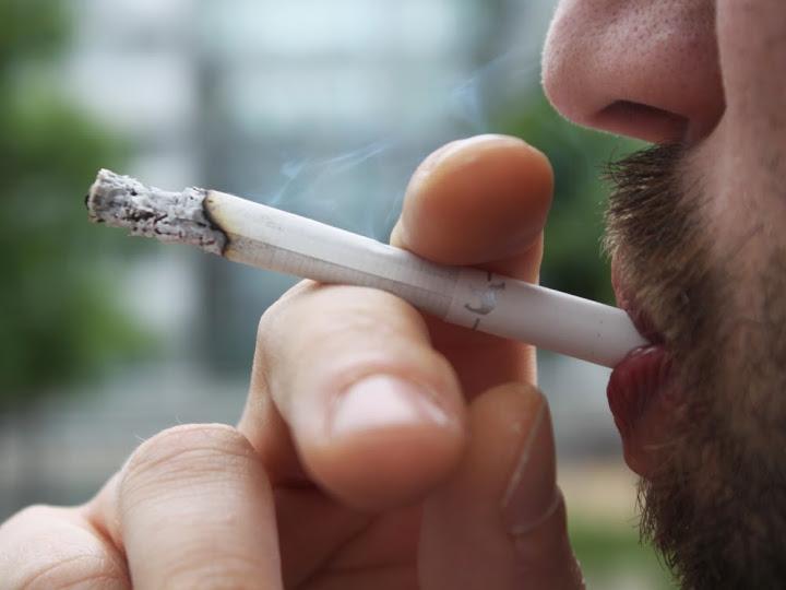 Lyon : un homme frappé en plein centre-ville pour une cigarette refusée