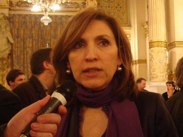 """Régionales 2015 : """"Gérard Collomb cède aux caprices de sa femme"""" selon Nora Berra"""