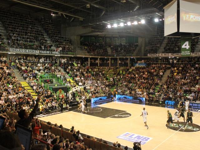 L'ASVEL toujours leader après sa victoire face à Rouen (77-66)