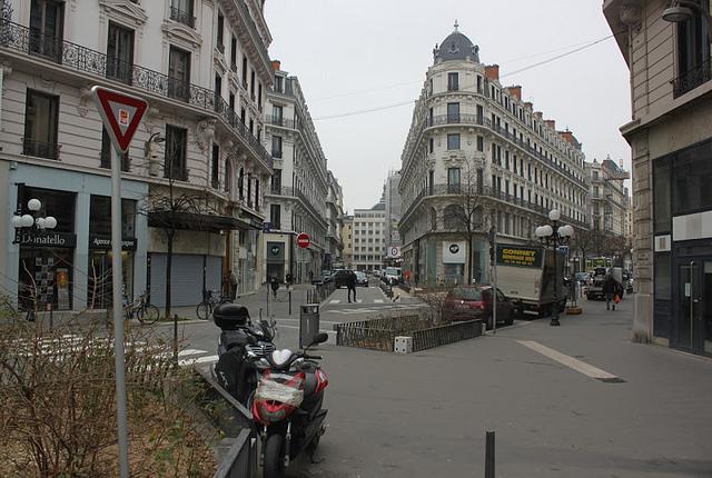 Rue Grolée : au tour de la Poste de quitter le quartier fantôme de Lyon