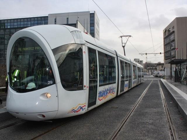 Lyon : le T6 et le prolongement du T2 sur les rails