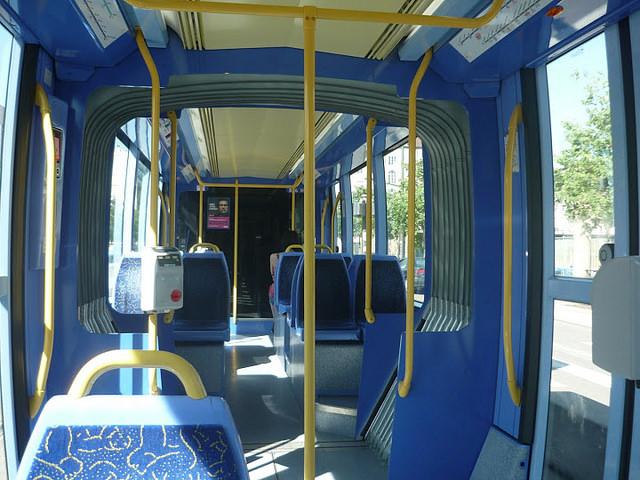 Lyon : une adolescente de 14 ans agressée sexuellement dans le tramway