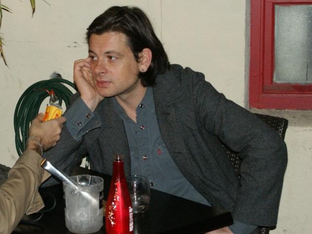 Benjamin Biolay parmi les premiers invités de la nouvelle émission de Nicolas Demorand sur France 3