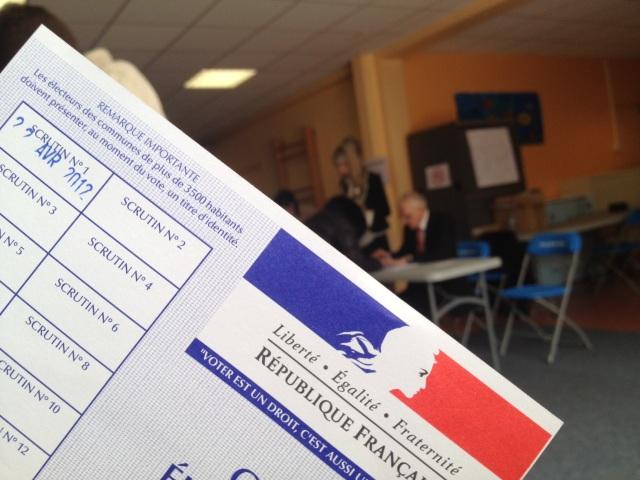 Régionales 2015: 18,12% de participation en Auvergne Rhône-Alpes à 12h