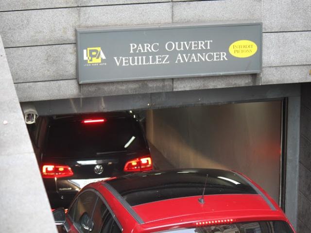 Parking de Bellecour : une réouverture complète possible en août