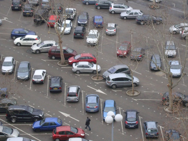 Lyon : 32 000 places de stationnement deviendront gratuites en août (plan)