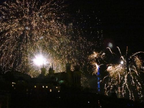 Le ciel de Lyon s'est transformé en grande parade pour le feu d'artifice du 14 juillet