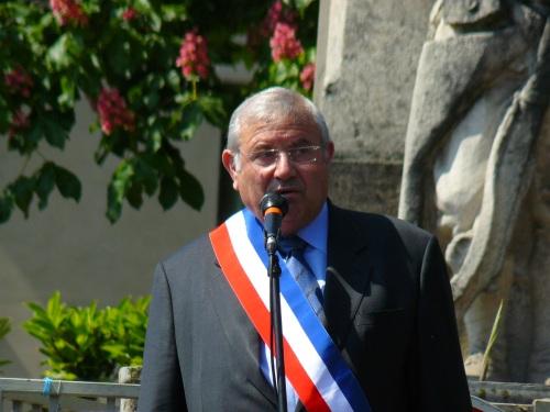 La mémoire de Guy Fischer saluée par Michel Forissier (UMP)