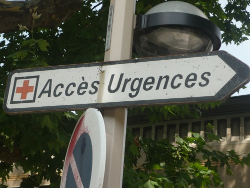 Rillieux : les urgences de la polyclinique restent fermées après l'incendie de samedi