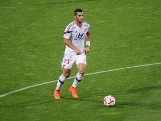 Le capitaine de l'OL, Maxime Gonalons, prolonge jusqu'en 2018 !
