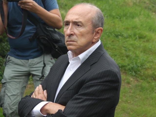 Gérard Collomb préconise une période d'essai d'au moins deux ans pour les CDI