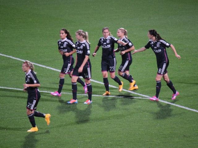 L'OL féminin déjà féroce face à Nîmes (9-0)
