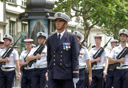 Le traditionnel défilé militaire commémorant la fête nationale a lieu mercredi