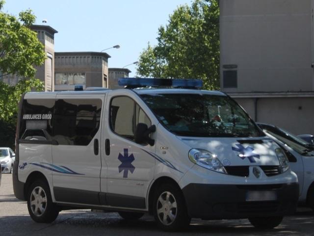 Vénissieux : un cycliste dans un état grave après avoir été renversé par un camion