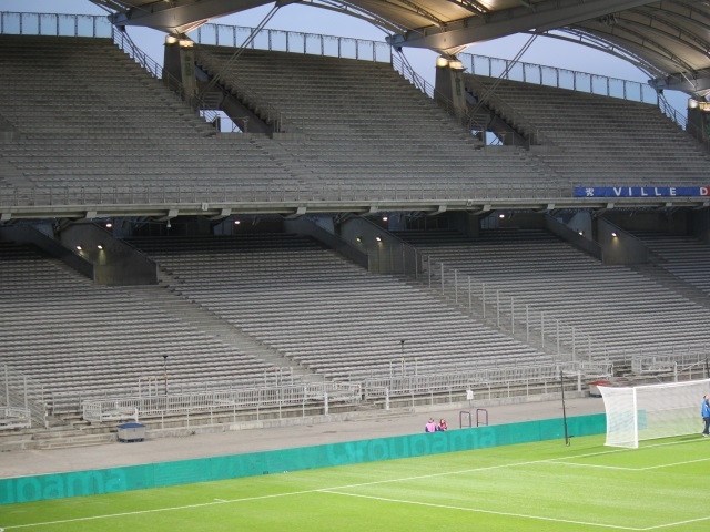 OL : les virages fermés contre Montpellier, 2 matches ferme pour Mapou