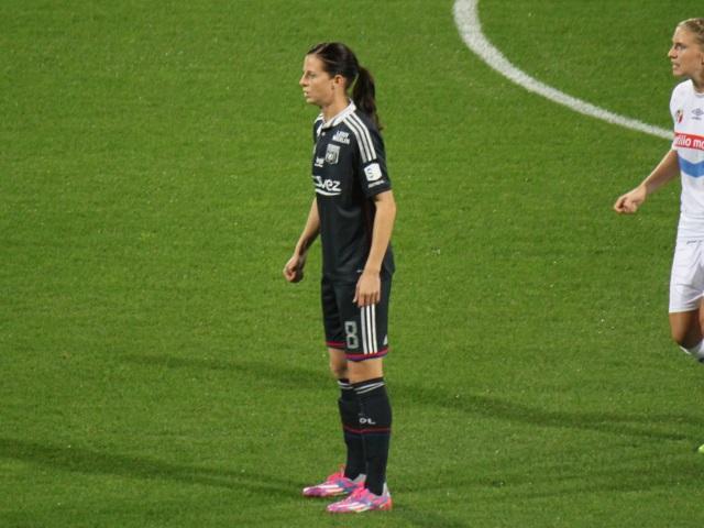 Lotta Schelin entre doublement dans l'histoire de l'OL féminin