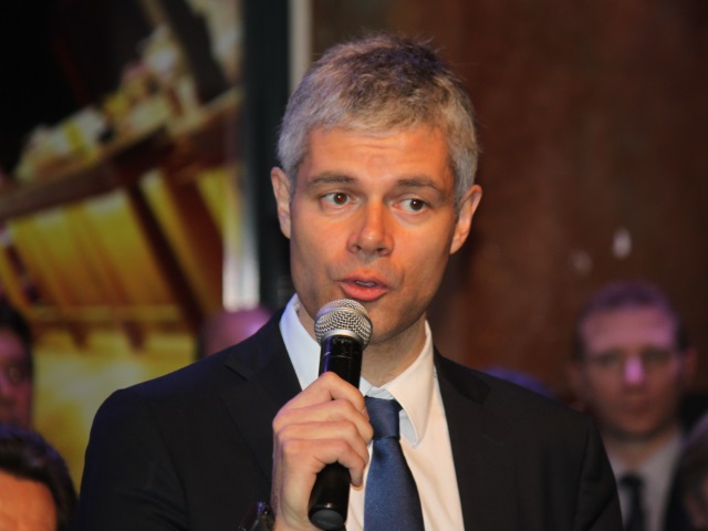 Régionales : Laurent Wauquiez promet des portiques dans les lycées