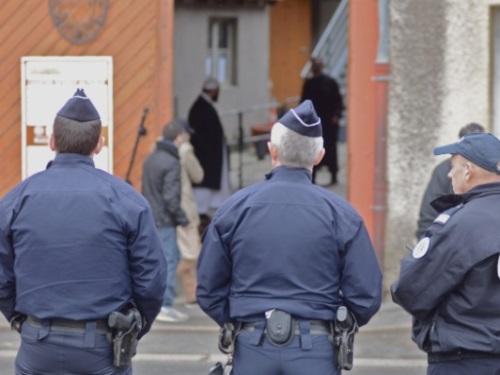 Lyon : une amende pour le policier poursuivi pour provocation à la discrimination raciale et religieuse