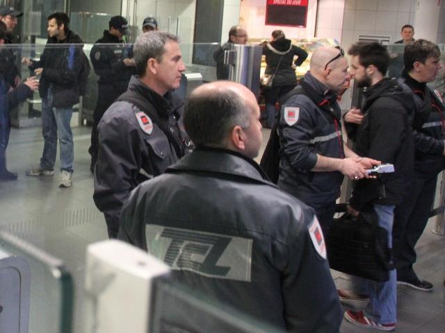 Gare de Vaise : des contrôleurs TCL agressés à bord d'un bus