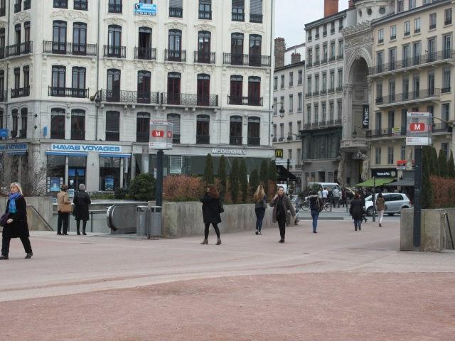 """Lyon sacré """"meilleur centre-ville commerçant"""" de France"""