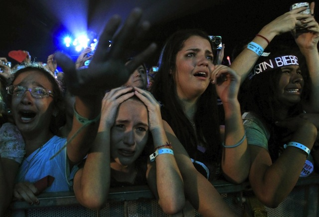 Justin Bieber annule son concert à Lyon et provoque la colère de ses fans