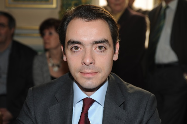 Un adjoint au maire du 6e arrondissement quitte l'UMP pour Lyon Divers Droite